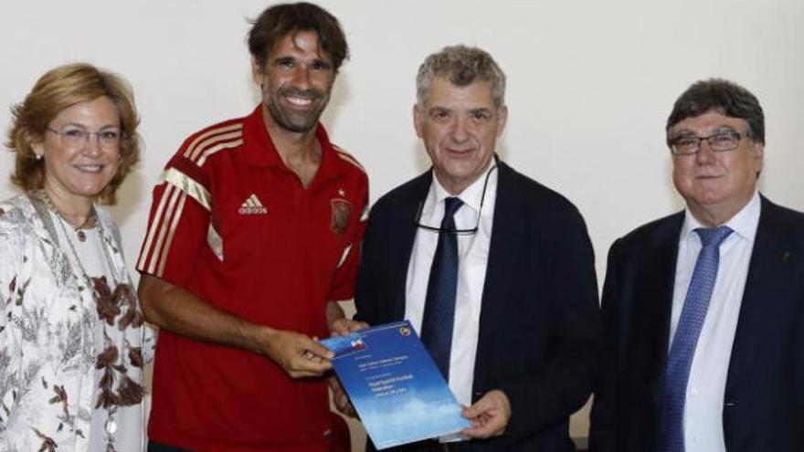Valerón ya tiene su título de entrenador UEFA B