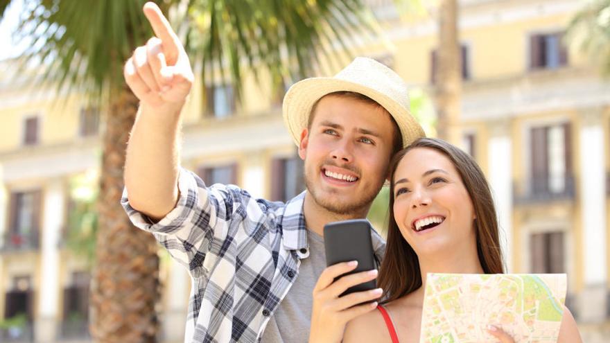 Contratar viajes con el móvil: todo lo que debes saber para evitar sustos