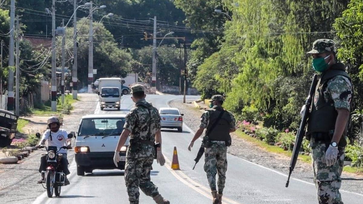 Militares en Paraguay.