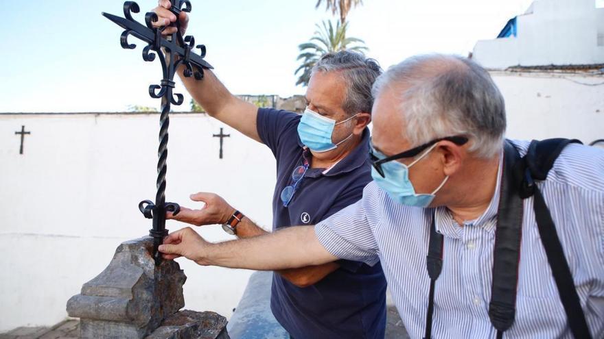 La agresión vandálica a la fuente del Bailío se hizo con un vehículo a motor