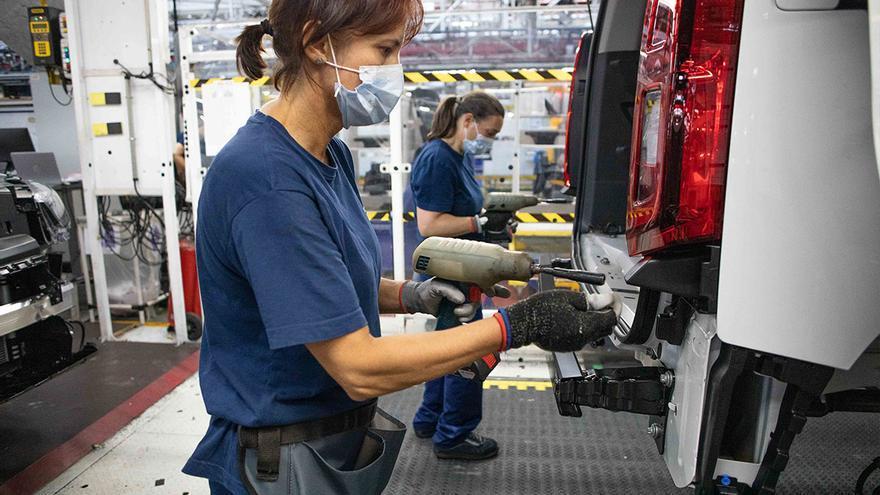 La quinta silueta consolida a Vigo como la mayor fábrica de furgonetas del mundo
