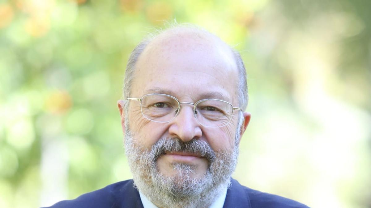 El abogado Carlos Arias López, tercer candidato al puesto de decano en el Colegio de Abogados de Córdoba.