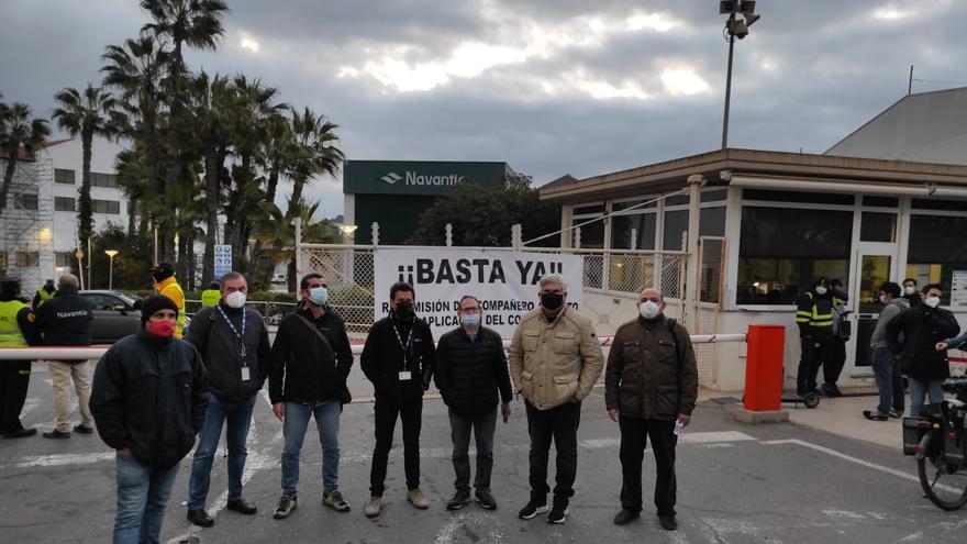 """Los trabajadores de Navantia se manifiestan para pedir la readmisión del compañero despedido """"injustamente"""""""