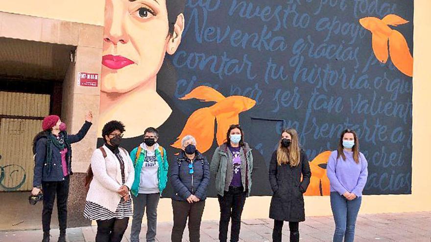 Un mural homenajea a Nevenka Fernández en Ponferrada, León