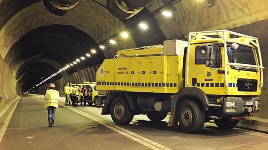 Sóller-Tunnel bekommt Hydranten für die Feuerwehr