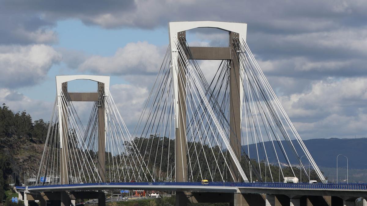 El puente de Rande, uno de los puntos más transitados de la AP-9.