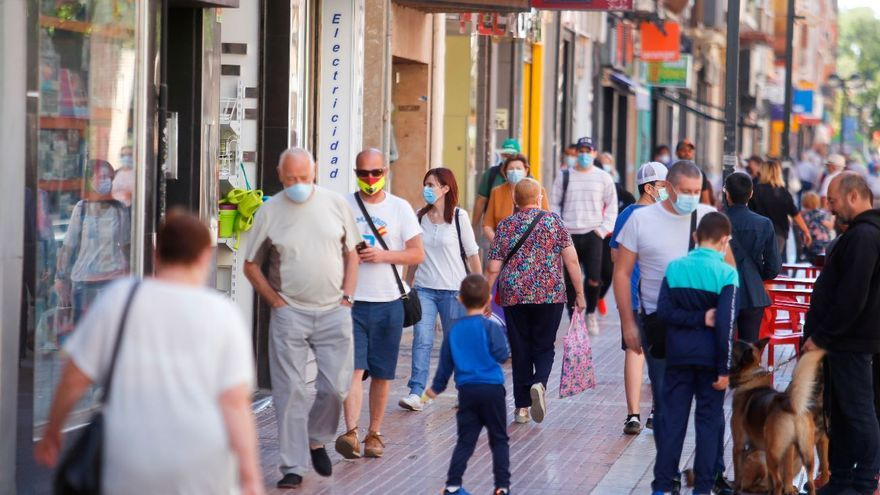 Cinco beneficios de comprar en el comercio local de València