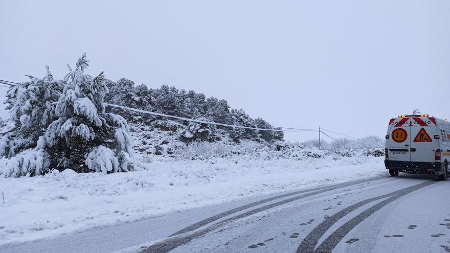 Titaguas, completamente cubierta por la nieve