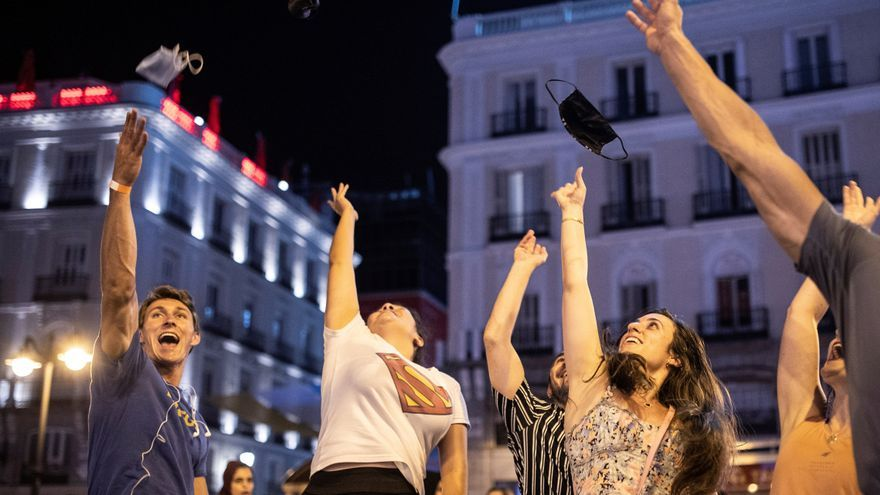 España se quita la mascarilla en exteriores sin aglomeraciones