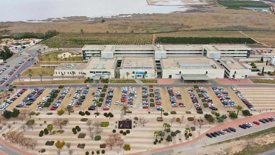 El comité de empresa del Hospital lamenta que la falta de colaboración entre Ribera y Sanidad vaya a provocar problemas asistenciales desde el 1 de  octubre