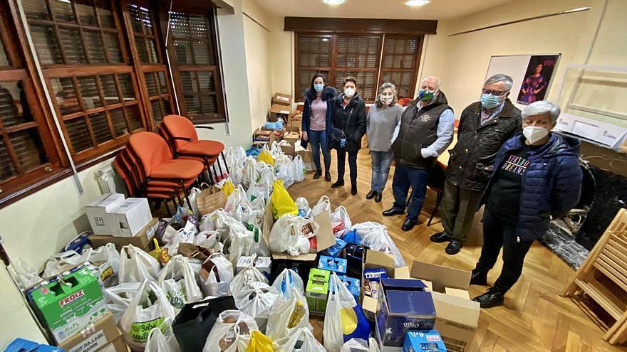 La Semana da Solidariedade recaudó una tonelada de alimentos para las ONG