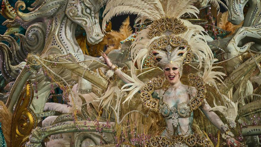 Así son los trajes de las candidatas a Reina del Carnaval de Santa Cruz