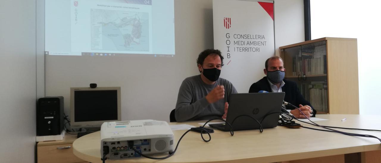 Llorenç Mas y Miquel Mir en la rueda de prensa.