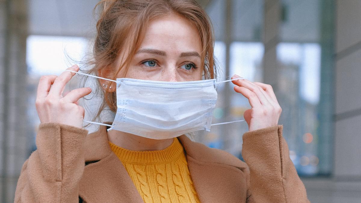Cuánto tiempo debe guardarse una mascarilla para que el coronavirus desaparezca