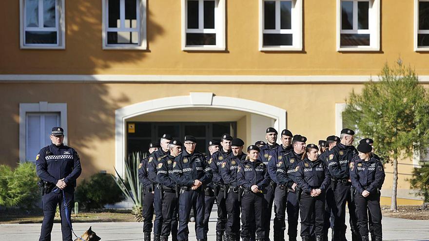 Cinco policías locales de València se contagian en  un almuerzo