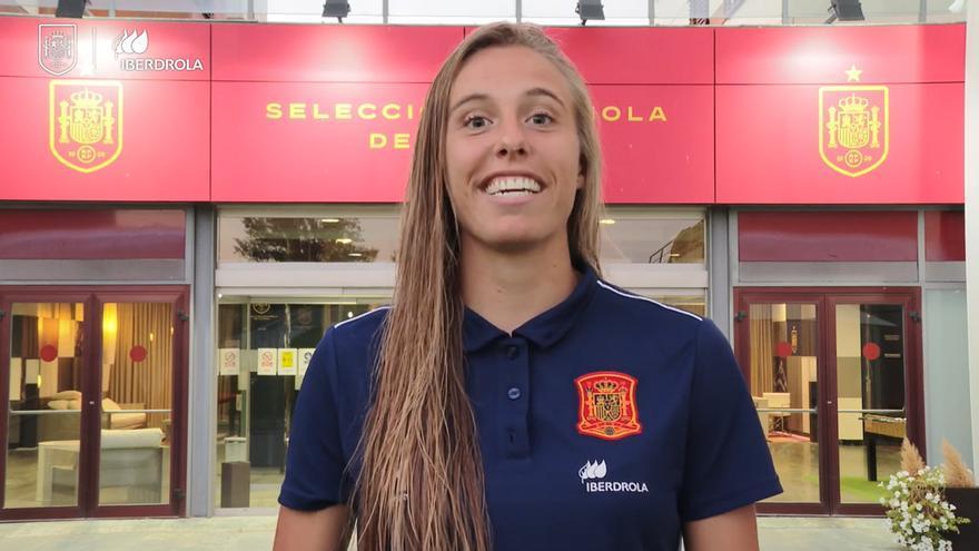 Las jugadoras de la 'Roja' femenina animan a asistir al partido de este jueves en Cáceres