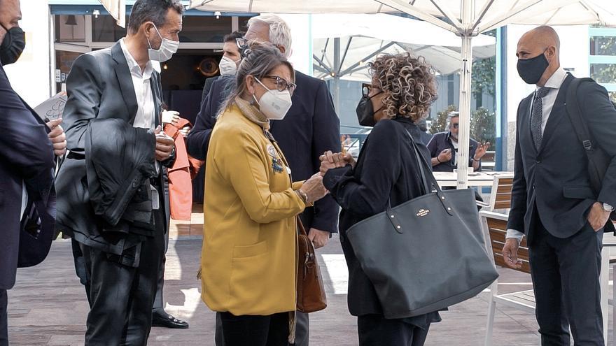 El alcalde busca fondos europeos con los empresarios del calzado de Elche