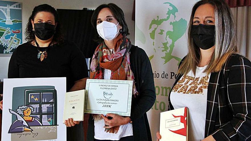 """O poemario de Lucía Durán, premio Filomena Dato: """"Quixen darlle voz á xente marxinada"""""""