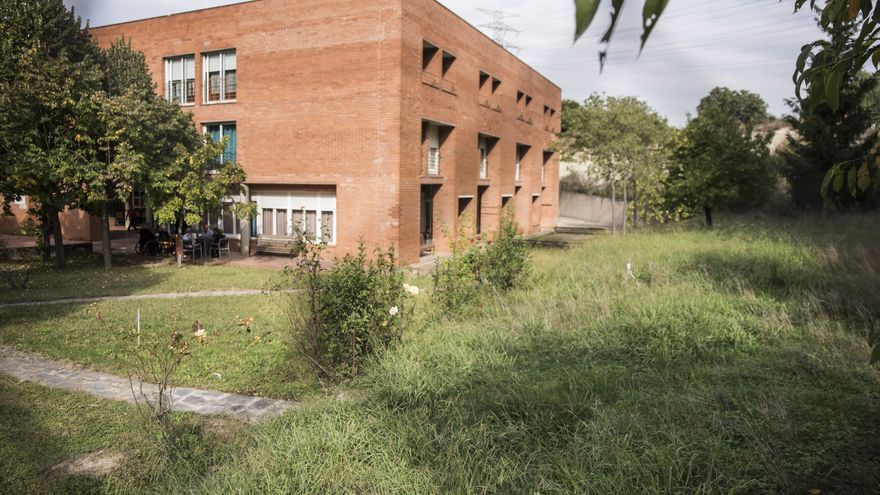 Usuaris, familiars i treballadors de la residència de la Font trien com volen que sigui el nou jardí