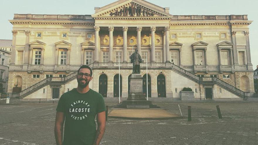 Gesuchter Rapper Valtonyc stellt sich der belgischen Justiz