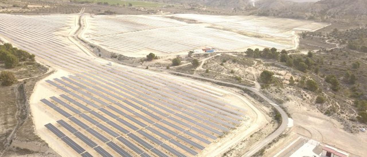 La planta solar fotovoltáica de Xixona 'Turroneros'.