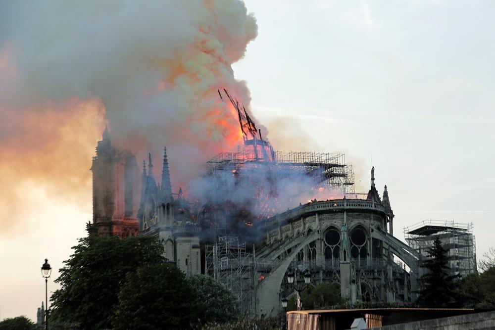 Incendio en la catedral de Notre Dame de París