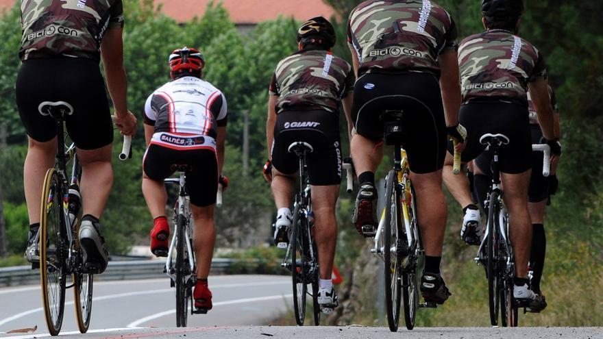 El PP celebra la unión entre la Pola y Argüelles con una senda peatonal y ciclista