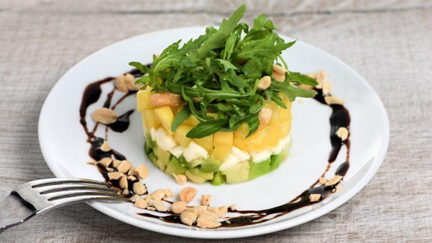 Tartar de aguacate y mango, una receta ideal para este verano