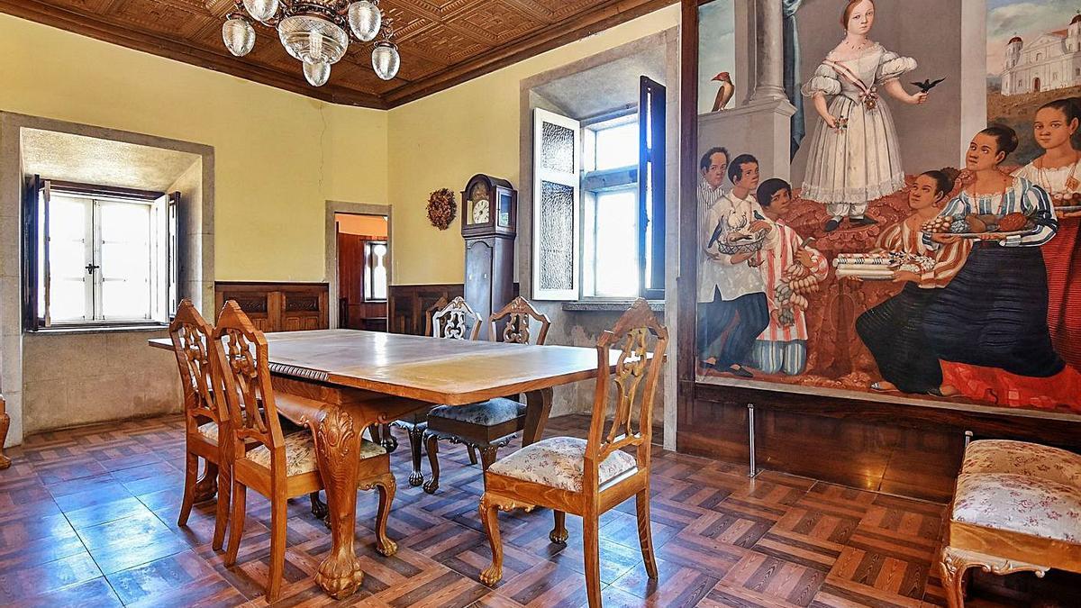 Uno de los salones del interior de la casa.     // VERSALLES