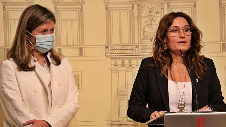 La síndica d'Aran, Maria Vergès, i la consellera Vilagrà | ACN