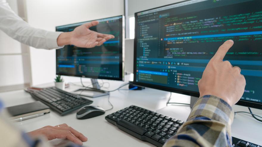 Trabaja como programador con estos cursos gratuitos en Alicante