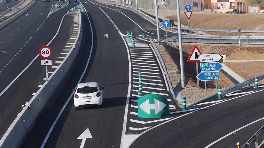 Abierto al tráfico el nuevo ramal de la autovía A-4