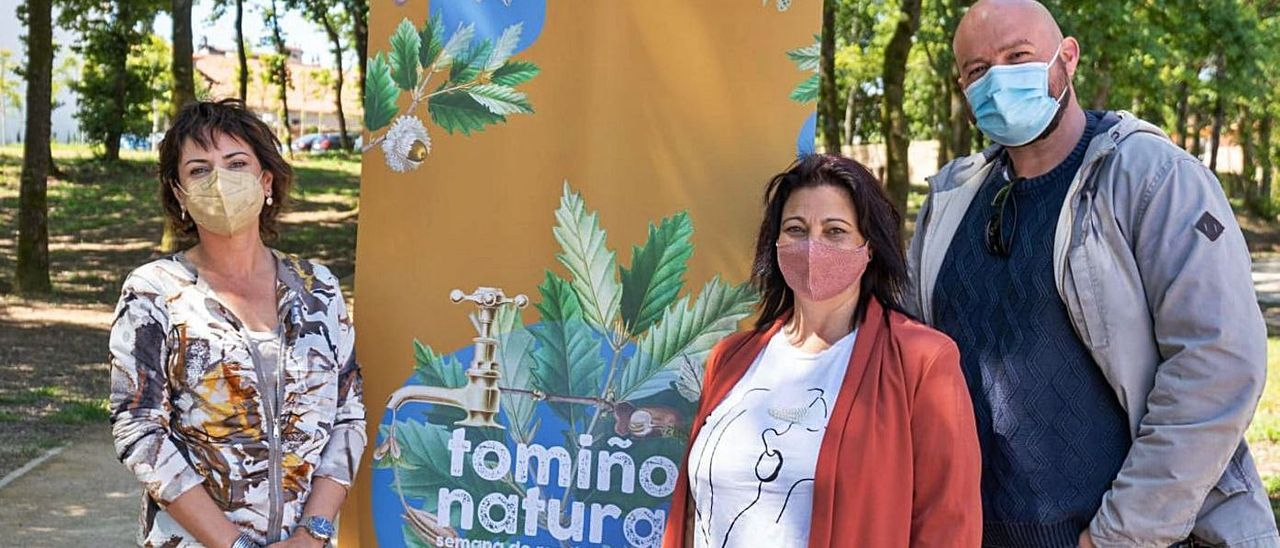 La alcaldesa Sandra González, la concejala de Medio Ambiente y el edil de Servicios Públicos