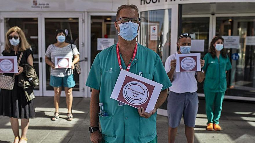 Los celadores de Zamora exigen protección ante el COVID