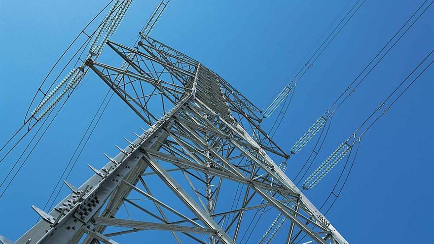La caída de la demanda eléctrica confirma el escenario de crisis