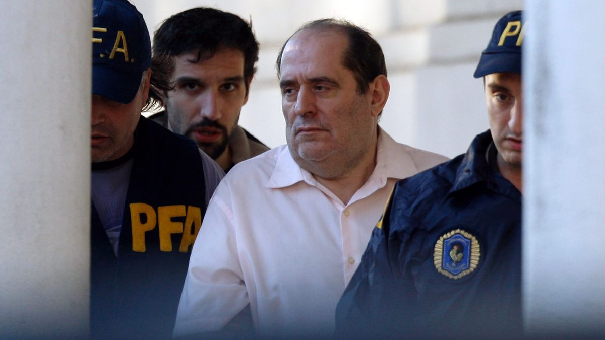 Rodríguez Menéndez sigue ejerciendo la abogacía en Madrid.