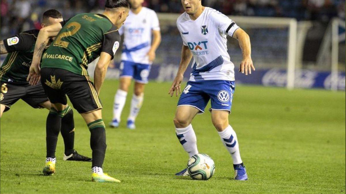 Lasure, durante un partido con el Tenerife.