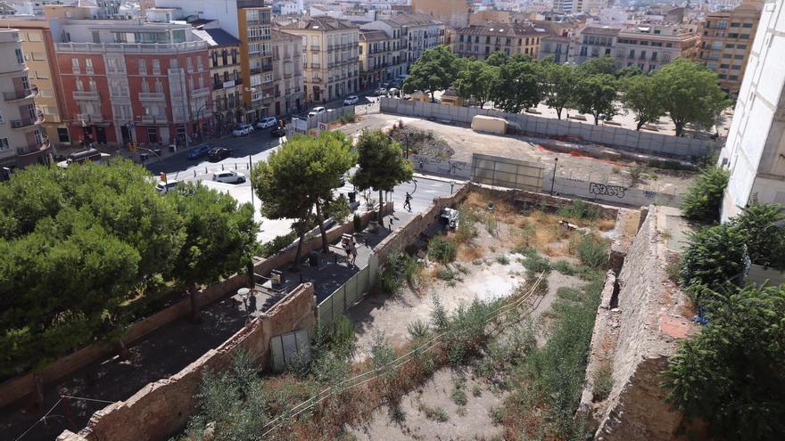 Una empresa vinculada a la familia de Piqué compra el solar del cine Andalucía