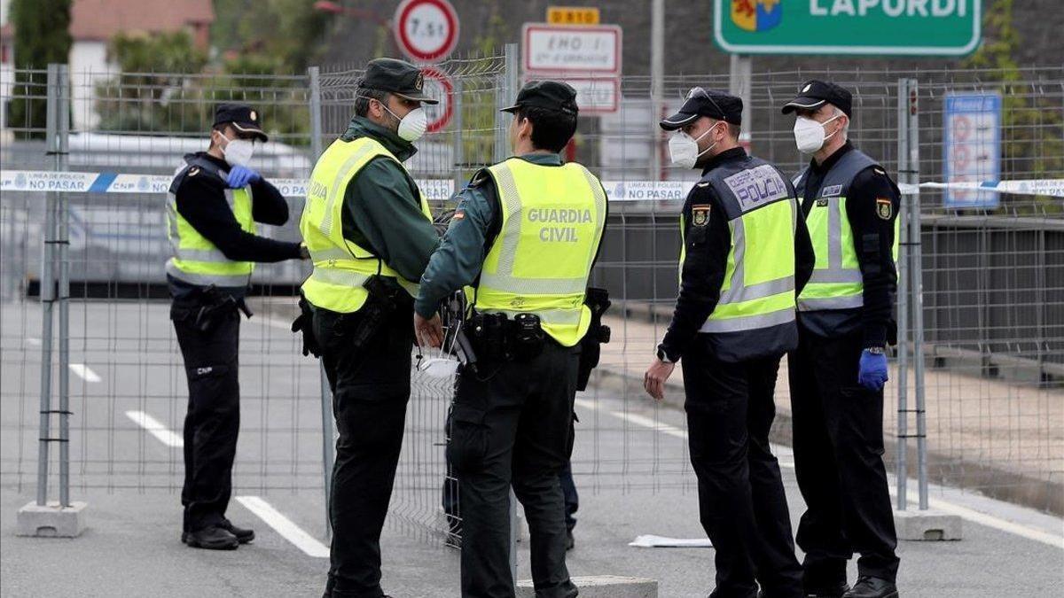 Convocadas 2.500 plazas para ingresar en la Policía y 2.154 en Guardia Civil
