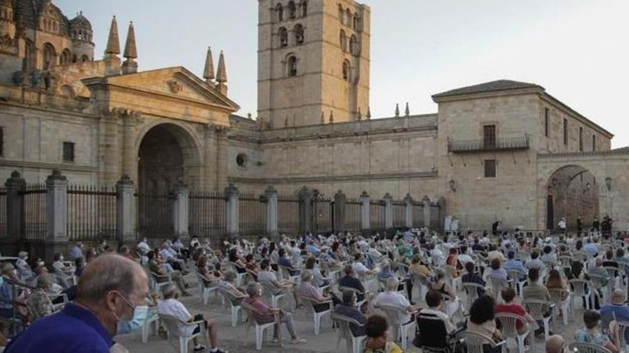 Cine de verano a Zamora: nueva sesión en la plaza de la Catedral