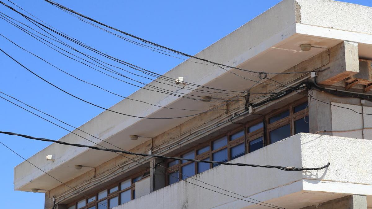 Instalaciones obsoletas y falta de espacio en el centro de San Pedro