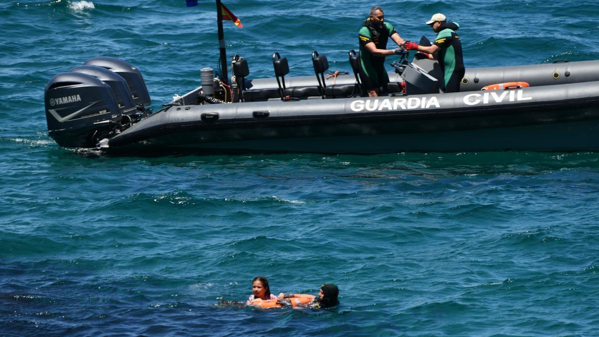 Más de 3.000 inmigrantes marroquíes llegan a nado a Ceuta