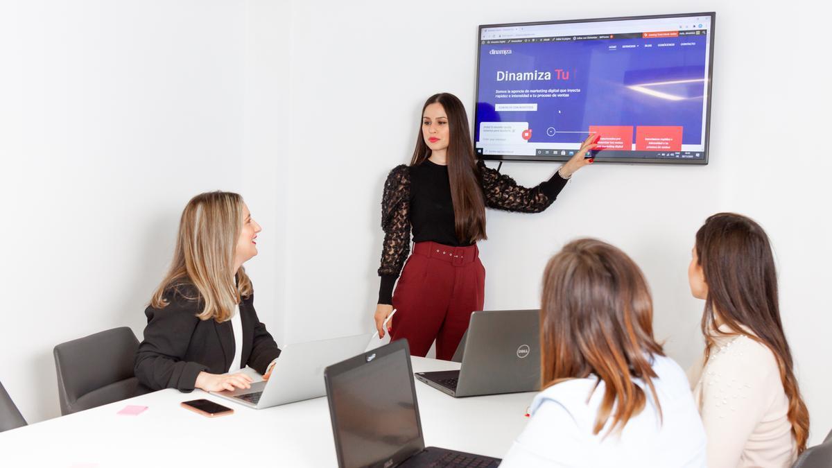 En la agencia de marketing Dinamiza Digital están especializados en todo lo que necesita una empresa para tener éxito.