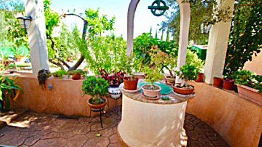 360.000 € Venta de casa en Sa Indioteria (Palma de Mallorca) 148 m2, 5 habitaciones, 2 baños, 2.432 €/m2...