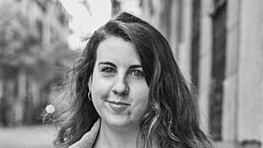 La cómica Carolina Iglesias, 'Percebes y grelos', recibe el premio Marcela y Elisa 2021
