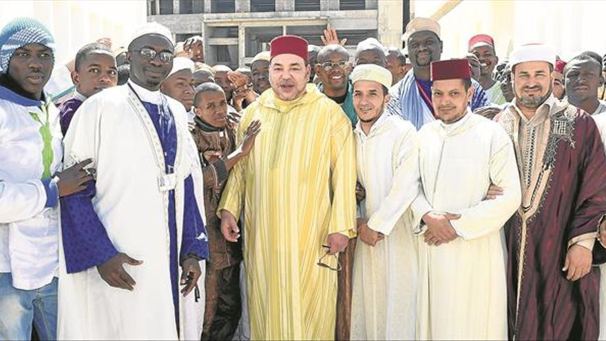 Mohamed VI proyecta al país pero perpetúa la desigualdad