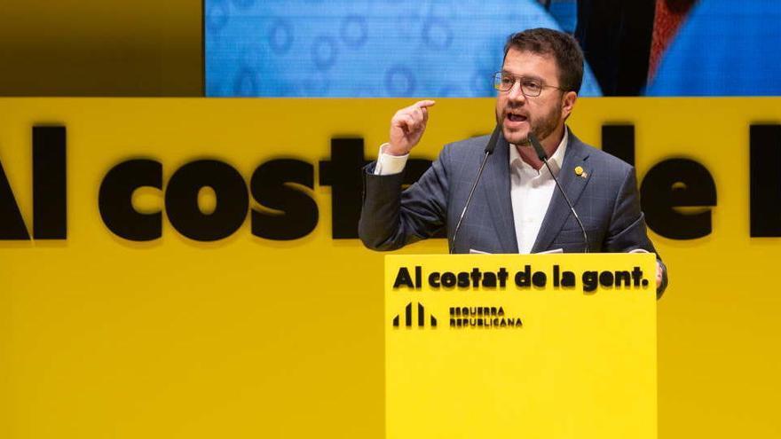 El 'CIS catalán' da el triunfo a ERC y sitúa tercero a Illa