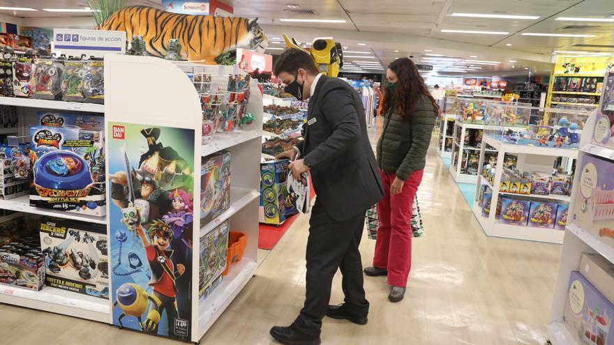 El Govern recomienda compras planificadas e individuales para evitar aglomeraciones en Navidad