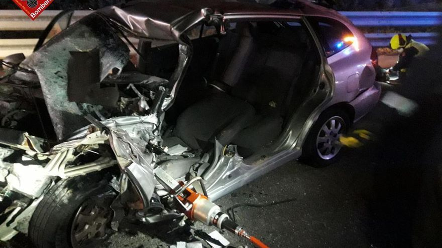 Un muerto y un herido grave en un choque causado por un coche en sentido contrario en la AP-7 en Torrevieja