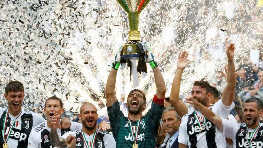 Buffon se despide del Juventus con una victoria